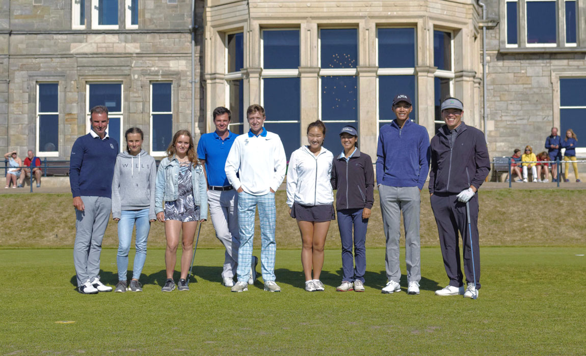 New Links 2018 participants on the first tee of the Old Course